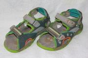 Продам сандалии (босоножки) на мальчика.NEXT.